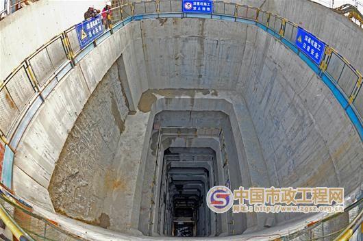 武汉地铁48米隧道风井 创市政工程之最